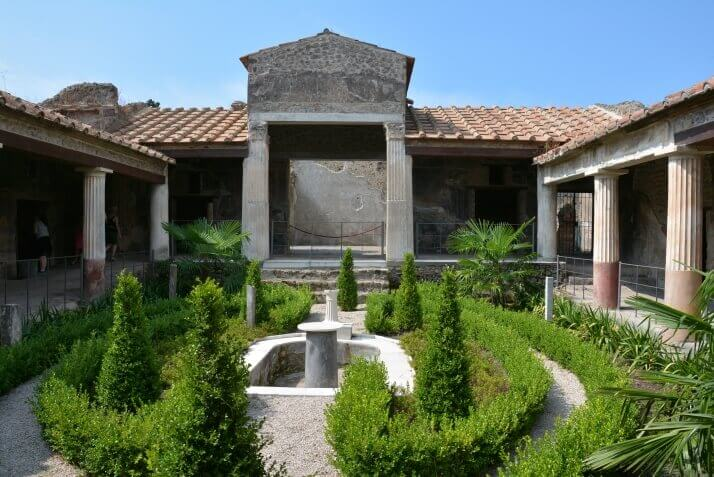The House of Amorini Dorati, the most beautiful ones in Pompeii Ruins